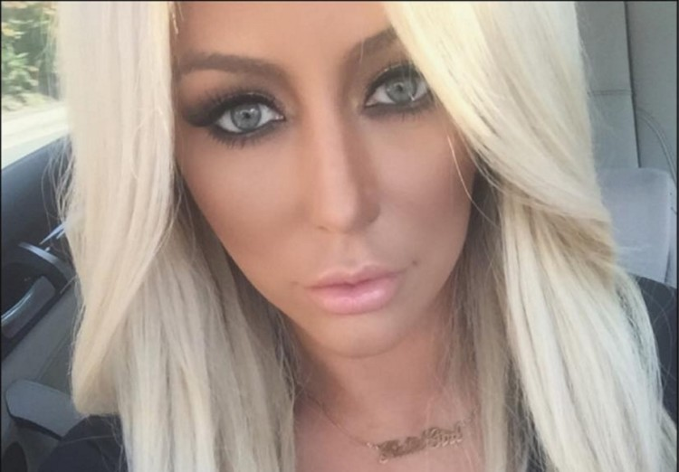 Who is aubrey o'day dating 2015