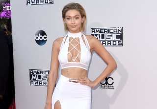 AMAs 2015:  The 2 Biggest Shade-Throwing Moments of the Night (VIDEO)