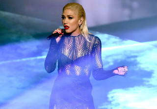 AMAs 2015: Gwen Stefani Performs \