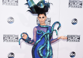 AMAs 2015: See the 5 Craziest Red Carpet Looks! (PHOTOS)