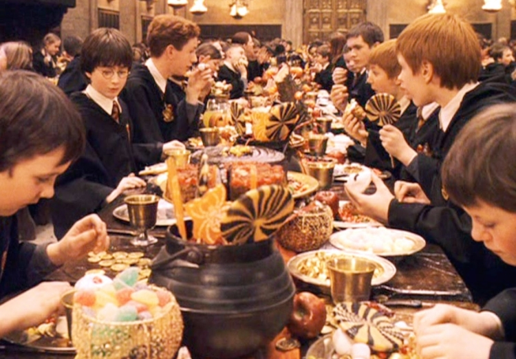 7 Movie Feasts We Wish We Could Eat This Thanksgiving : harry potter feast 750x522 1447950806 from www.wetpaint.com size 750 x 522 jpeg 295kB