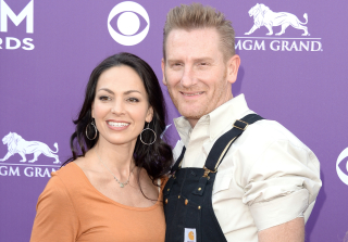 Cancer-Stricken Country Star Joey Feek Enters Hospice Care for Baby Daughter