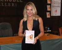 khloe kardashian book signing