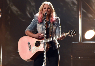 "5 Inspiring Lyrics From Miranda Lambert's ""Bathroom Sink"" — Exclusive (PHOTOS)"