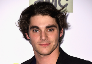 \'Breaking Bad\' Star RJ Mitte Injured in Hunting Accident