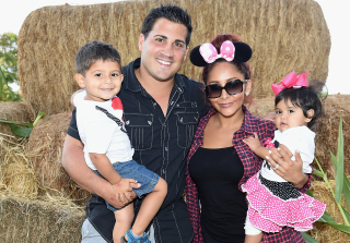 Snooki & Jionni Celebrate One-Year Wedding Anniversary (PHOTO)