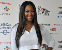 Kenya Moore Poses at Global Citizen 2015 Earth Day on the National Mall on April 18, 2015 in Washington, DC