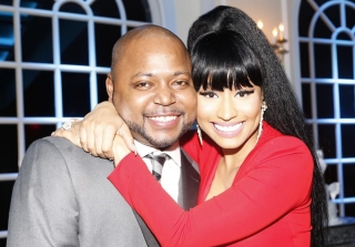 Nicki Minaj Poses With Brother Jelani Maraj Following Arrest For Rape (PHOTO)