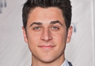 David Henrie on Selena Rumors, 'HIMYM' Secrets, and Starburst Theories — Exclusive