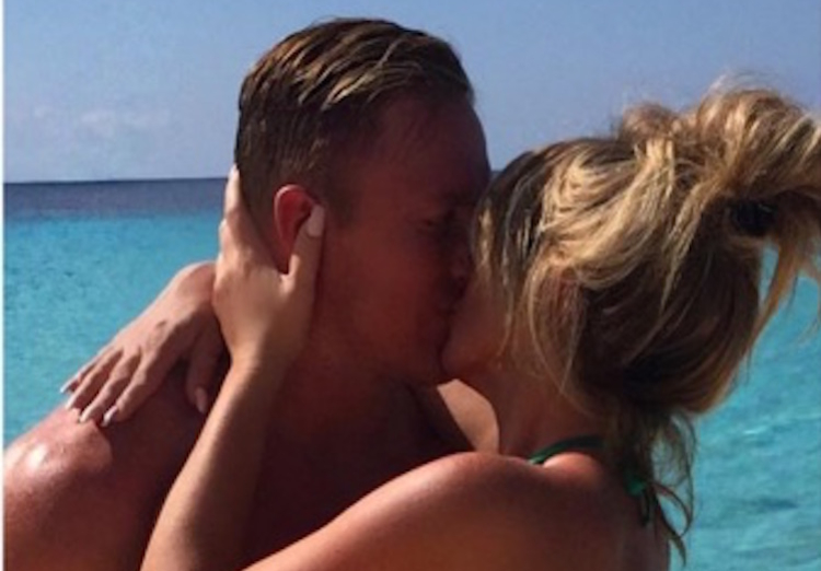 Kroy Biermann and Kim Zolciak Kiss on the Beach in January 2016