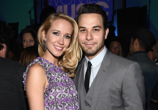 Anna Camp & Skylar Astin Have Joint Bachelor/ette Party (PHOTOS)