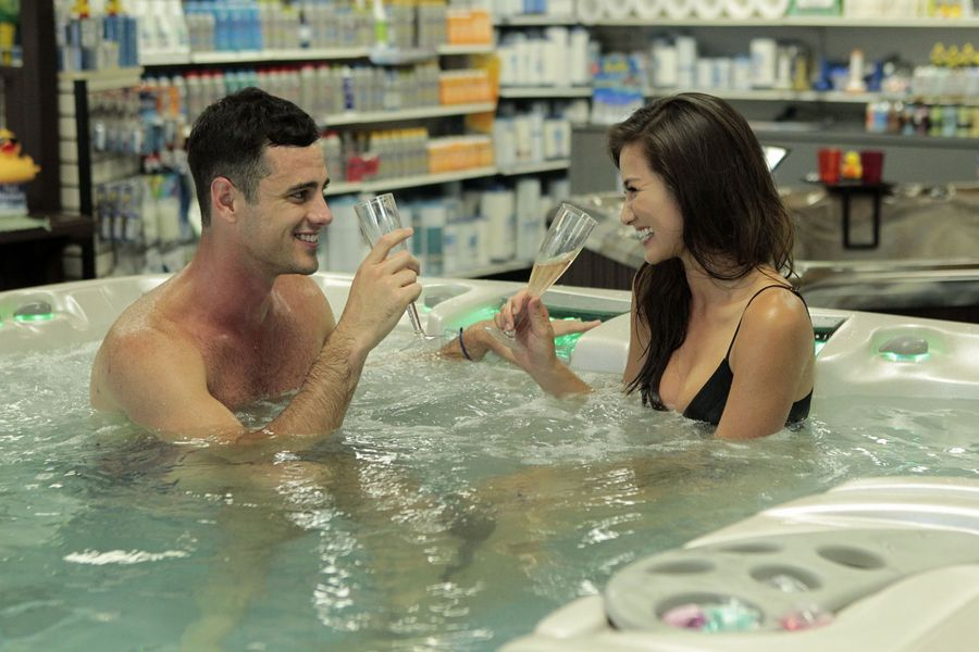 'The Bachelor' Finale Spoilers: Who Does Ben Higgins Pick?