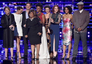 'Grey's Anatomy,' Ellen Pompeo Win Big at 2016 People's Choice Awards (PHOTOS)