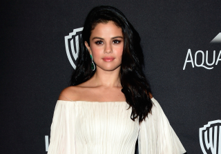 Selena Gomez Was Stuck in an Elevator and Live Tweeted the Whole Thing (VIDEO)