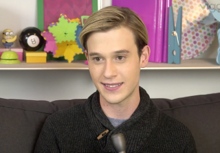 'Hollywood Medium' Tyler Henry on Reading Celeb Clients (VIDEO) — Exclusive