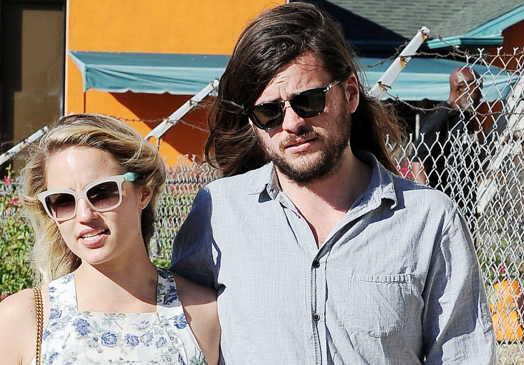 Dianna Agron and Winston Marshall  in Los Angeles on October 3, 2015.jpg