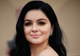 Ariel Winter Refuses to Hide Breast Reduction Surgery Scars