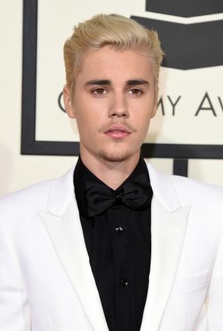 Justin Bieber, 2016 Grammys