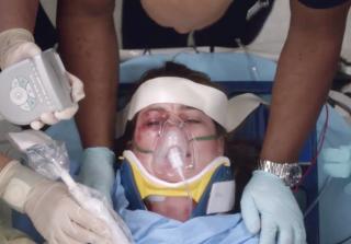 Grey's Anatomy Season 12, Meredith lung collapsing