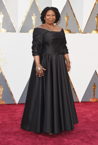 oscars-2016-red-carpet-whoopi-goldberg