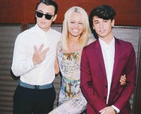 pamela-anderson-son-dylan-lee-model