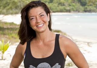'Survivor' Season 32 Contestant Agonizes Over Bug in Ear (VIDEOS)