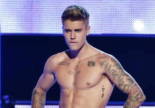 Justin Bieber\'s Nude Pic Leaks on Instagram — But It\'s Fake