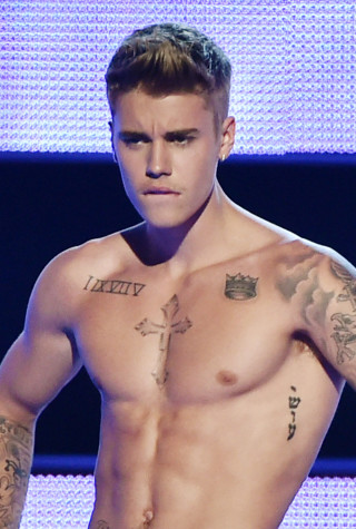 justin-bieber-naked-butt-nude-photo