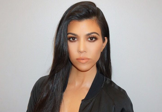 Khloe Kardashian Snapchats Kourtney on the Toilet & It's Hilarious (VIDEO)