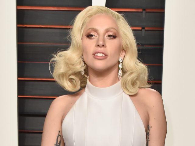 Lady Gaga, 2016 Vanity Fair Oscar Party Hosted By Graydon Carter - Arrivals