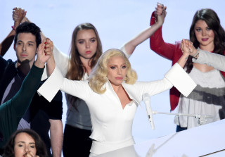 Lady Gaga's Family Found Out About Her Rape on Oscars Night (PHOTO)
