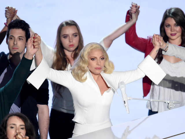 lady-gaga-rape-oscars-night-family