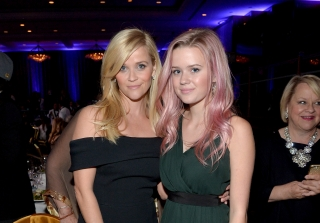 Ava Phillippe Looks Exactly Like Reese in the \'90s in These Pics