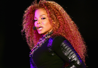"Janet Jackson Has ""Ballooned to 250 Pounds"" During Pregnancy — Report"