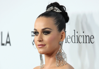 Katy Perry Wins Convent Suit, Celebrates By Going Commando (VIDEO)