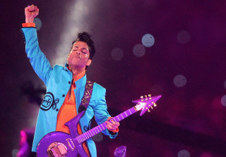 Celebrate Prince By Remembering His Epic Super Bowl Halftime Show (VIDEO)