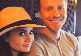 Catherine Lowe Shows Off Bare Baby Belly Days Before Due Date (PHOTO)
