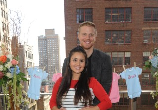 Catherine Lowe's Baby Already 7lbs Just 3 Weeks Before Due Date