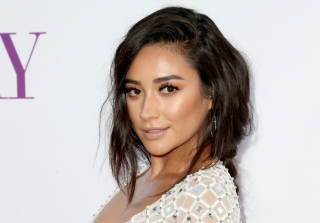Shay Mitchell Had a Wardrobe Malfunction While Hosting \'Live\'