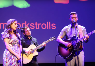 "Justin Timberlake, Anna Kendrick Sing Moving ""True Colors"" Duet (VIDEO)"