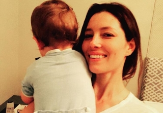"Justin Timberlake Wishes ""MILF"" Jessica Biel Happy Mother's Day (PHOTOS)"