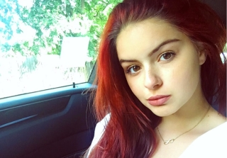 'Modern Family' Star Ariel Winter Attends Senior Prom in Gorgeous Gown (PHOTOS)