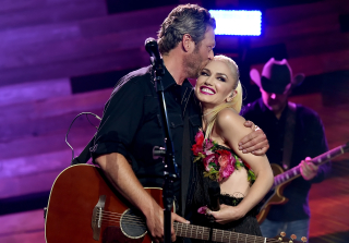 Gwen Stefani & Blake Shelton Celebrate Labor Day in Oklahoma (PHOTO)