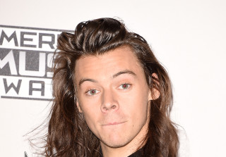 UPDATE: Harry Styles's Short Hairy Style Is So Basic (PHOTOS)