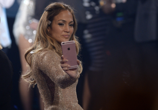 "Jennifer Lopez Perfectly Defends Herself Against ""Diva"" Claims (VIDEO)"