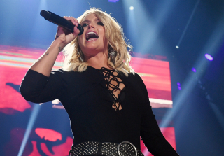 "Miranda Lambert ""Not Upset"" By Ex-Husband Blake Shelton's New Music"