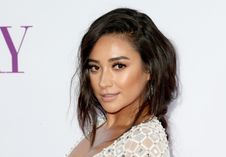 Shay Mitchell Sexuality