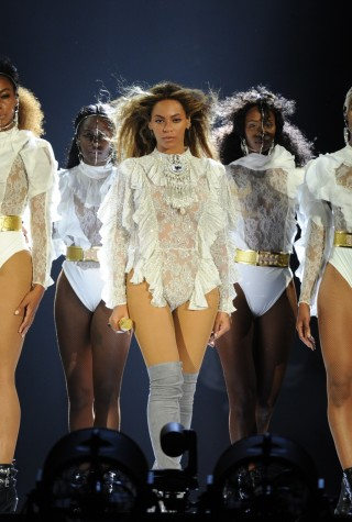 beyonce-orlando-tribute-halo-performance