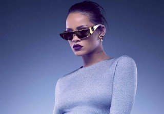 Rihanna: Stop Playing Pokemon Go At My Concerts! (VIDEO)