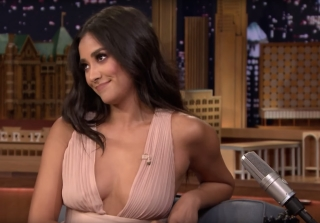 Shay Mitchell Hilariously Lost Her 'Pretty Little Liars' Script (VIDEO)